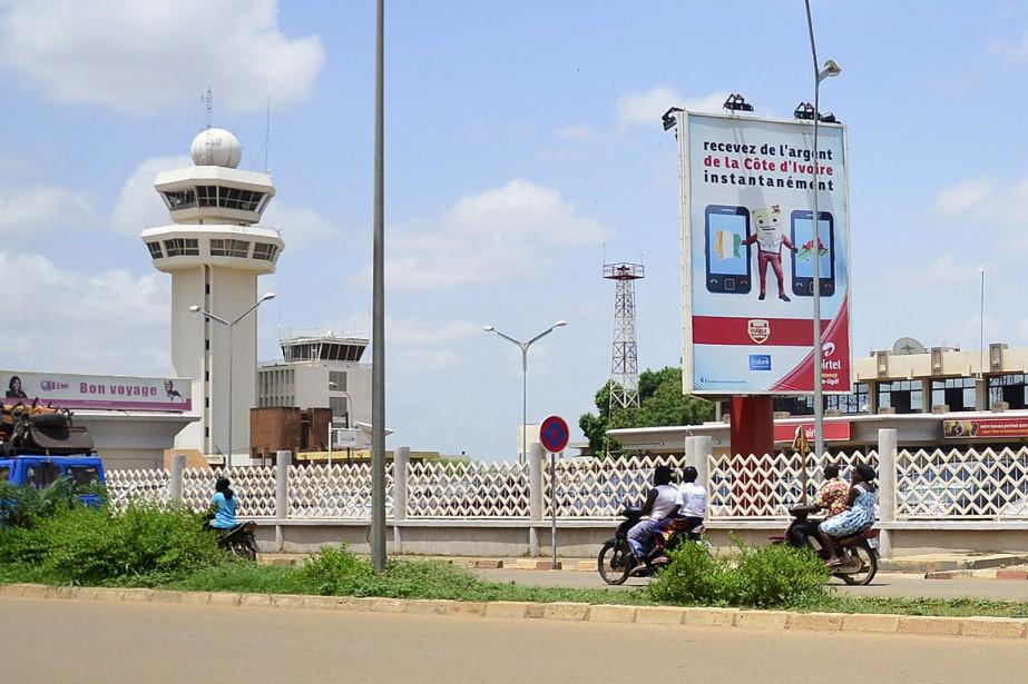 Parti de Ouagadougou, l'avion devait atterrir à Dakar.... (PHOTO AHMED OUOBA, AFP)