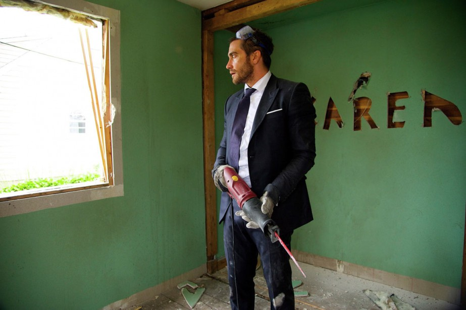 Jake Gyllenhaal interprète Davis Mitchell dans Demolition.... (PHOTO LA PRESSE CANADIENNE)