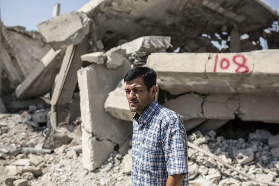 Abdullah Kurdi a dit au journalDie Weltqu'il ne... (PHOTO YASIN AKGUL, AFP)