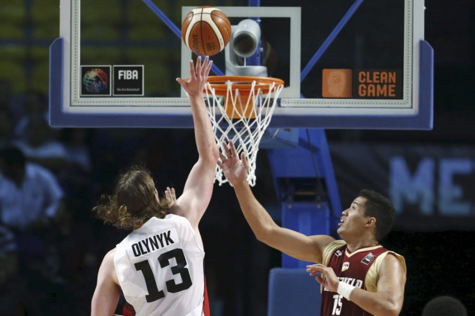Kelly Olynyk a dominé avec 34 points et... (PHOTO HENRY ROMERO, REUTERS)