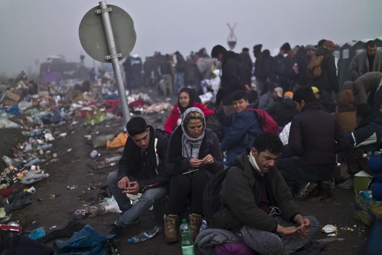 L'Europe étant confrontée à un afflux record de... (PHOTO AP)