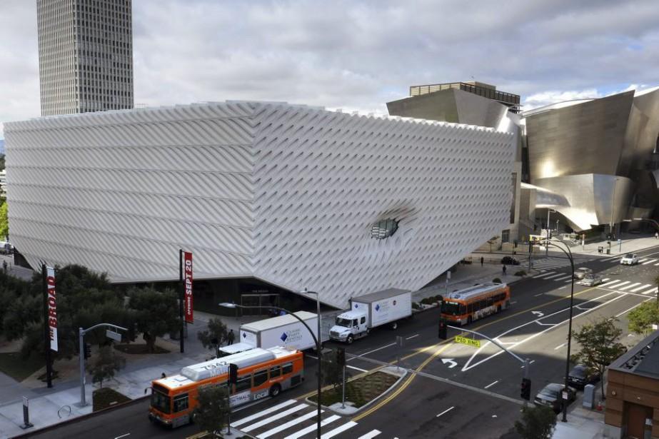Le bâtiment, situé au centre de la ville... (PHOTO AP)