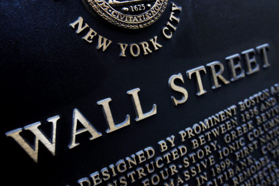 Wall Street a fortement... (PHOTO MARK LENNIHAN, ARCHIVES ASSOCIATED PRESS)
