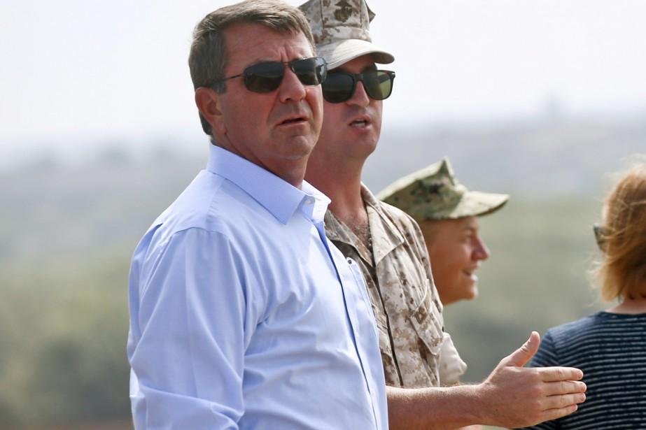 Le secrétaire à la Défense Ashton Carter.... (PHOTO LENNY IGNELZI, ARCHIVES AP)