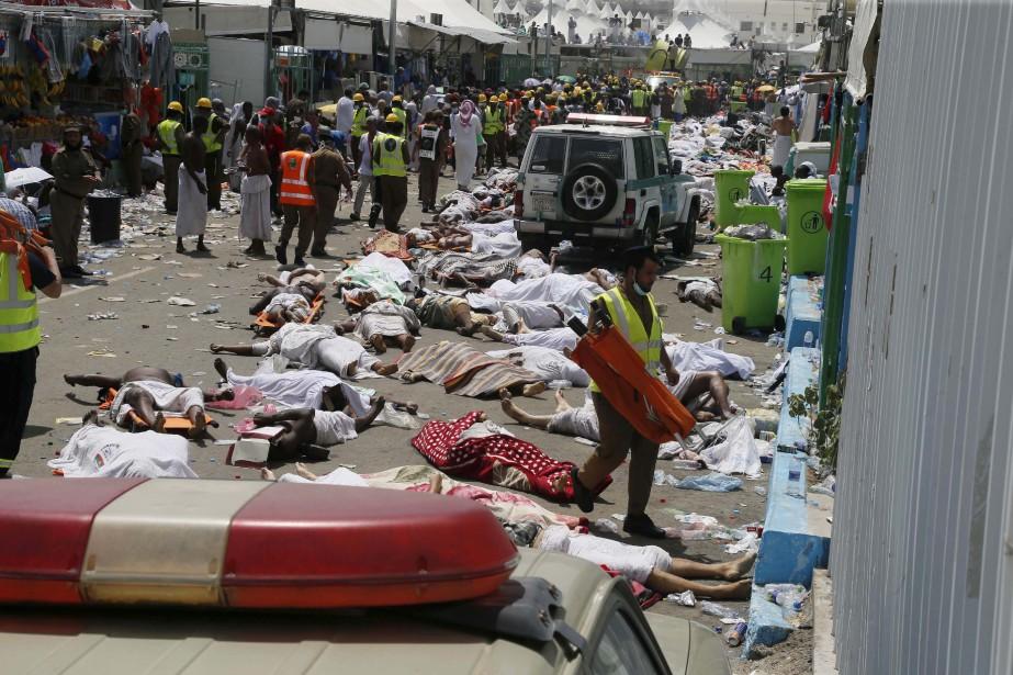 Une bousculade survenue le 24 septembre près de La Mecque lors d'un des rituels du pèlerinage annuel musulman a causé des centaines de morts et de blessés, a annoncé la Défense civile saoudienne. Un choc entre deux marées humaines a provoqué le drame, que le ministre saoudien de la Santé a attribué au manque de discipline des pèlerins qui ont tendance, selon lui, à ignorer les instructions des responsables du hajj. | 24 septembre 2015