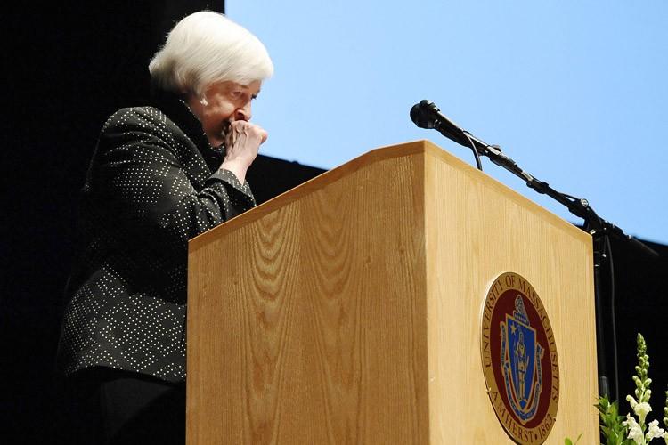 Janet Yellen a interrompu son discours à plusieurs... (PHOTO AP)