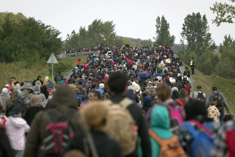 La Croatie, saturée par l'arrivée de quelque 50... (PHOTO AP)