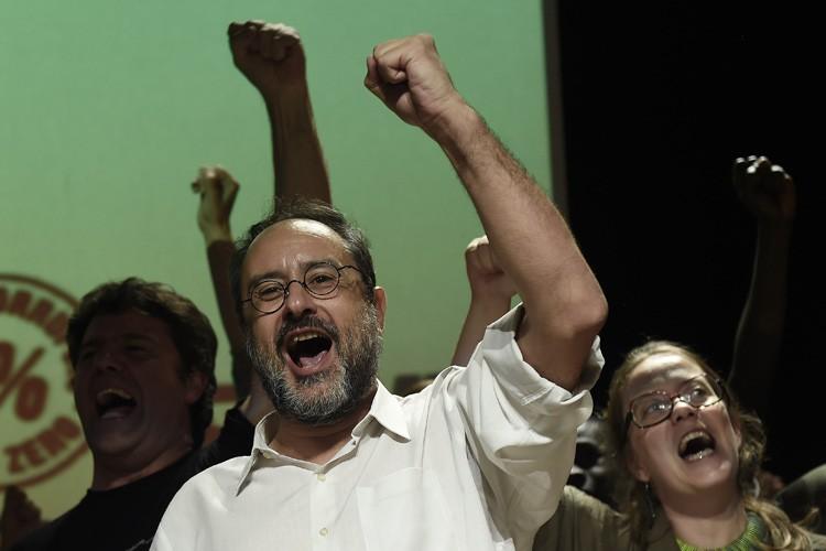 Antonio Bañosa appelé les habitants de la région... (PHOTO AFP)