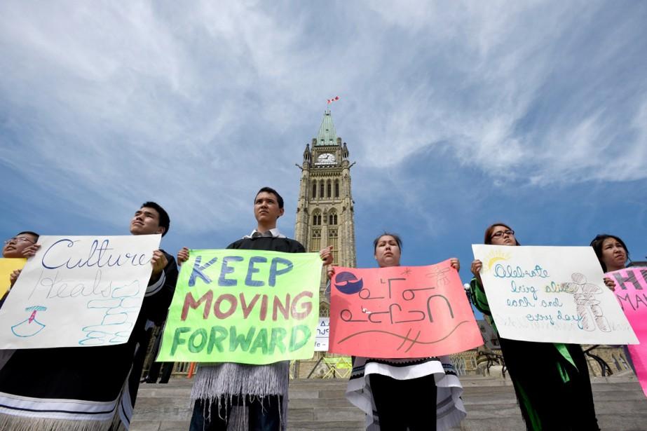 Des étudiants du Nunavut ont manifesté à Ottawa... (PHOTO JUSTIN TANG, ARCHIVES PC)