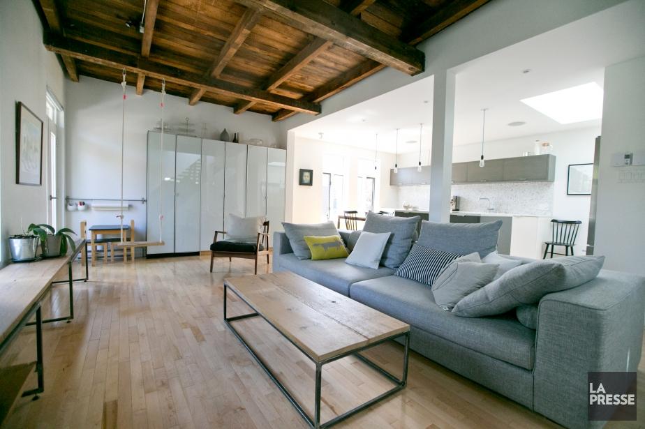 une maison dans l 39 air du temps claudia guerra architecture. Black Bedroom Furniture Sets. Home Design Ideas