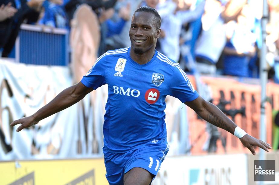 Didier Drogba a marqué deux buts spectaculaires samedi... (Photo Bernard Brault, La Presse)