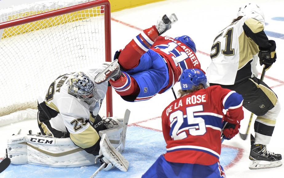 Pour la sixième et peut-être dernière fois, le Canadien recevait un match préparatoire de la LNH - et une première rencontre professionnelle au Centre Vidéotron - à Québec, le 28 septembre. Un duel opposant la troupe de Michel Therrien aux Penguins de Pittsburgh, remporté 4-1 par les Montréalais, qui avait des airs de répétition générale pour le retour de la LNH. | 29 septembre 2015