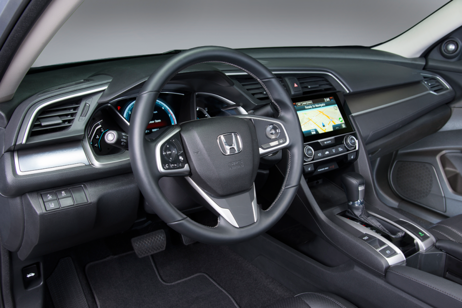 L'habitacle de la Honda Civic 2016 (Photo fournie par Honda)