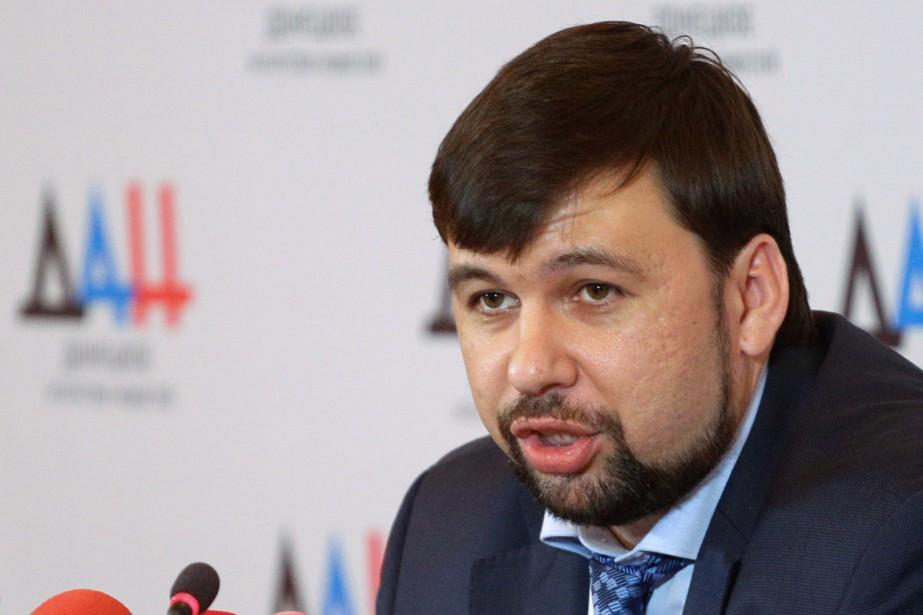 Le porte-parole de la République autoproclamée de Donetsk,Denis... (PHOTO ALEKSEY FILIPPOV, ARCHIVES AFP)