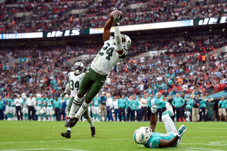Les Jets de New York et les Dolphins... (Photo Steve Flynn, USA Today)