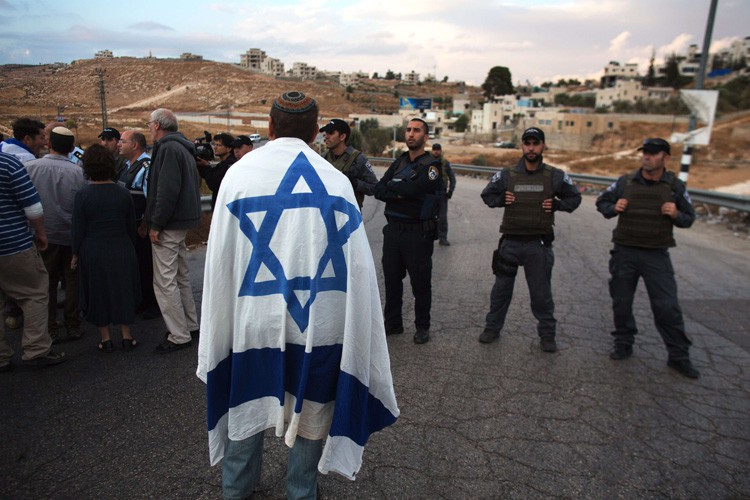 Une grande partie des 400 000 colons, qui... (PHOTO AFP)