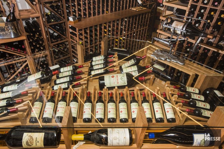 La carte des vins renferme 116 pages au... (PHOTO EDOUARD PLANTE-FRÉCHETTE, LA PRESSE)