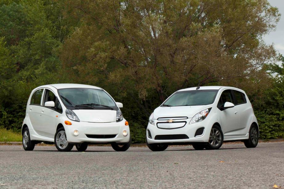 Le duel (électrique) du mois: la Mitsubishi i-Miev et la Chevrolet Spark EV (Photo Éric LeFrançois, collaboration spéciale)
