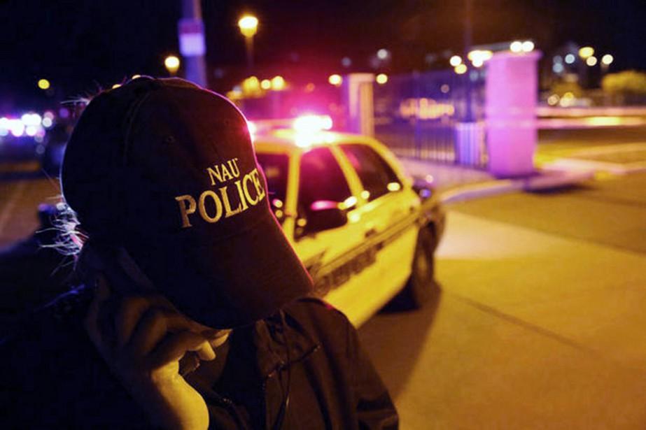 Cette nouvelle tragédie survient une semaine après la... (PHOTO JAKE BACON, ARIZONA DAILY SUN/AP)