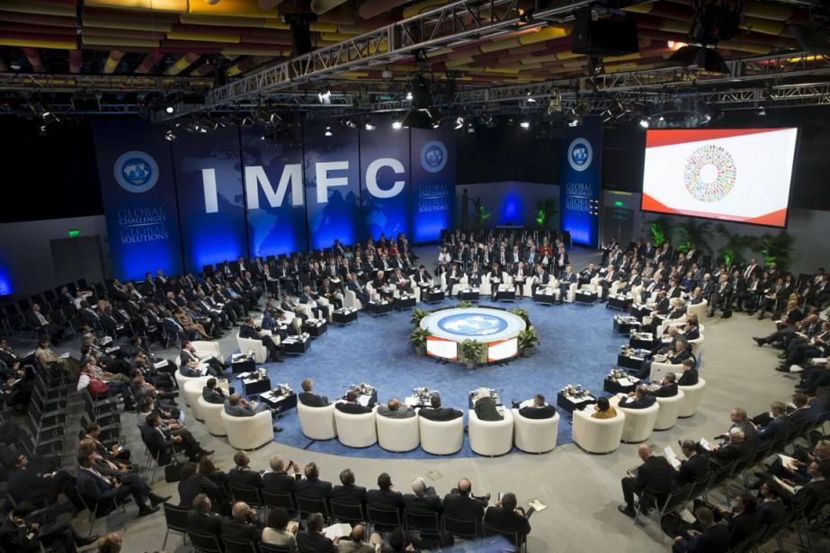 Rassemblées au Pérou pour l'assemblée générale FMI-Banque mondiale,... (Photo Stephen Jaffe, Reuters)