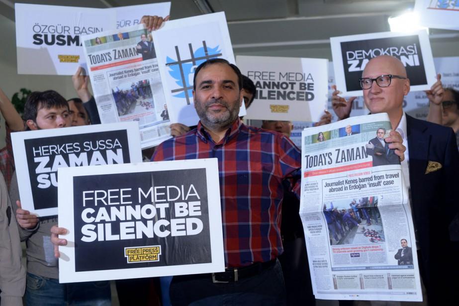 Le rédacteur en chef du Today's ZamanBülent Kenes,... (Photo Isa Simsek, AP)