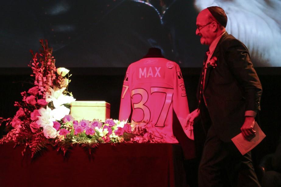Max Keeping a vécu sa vie à 100 à l'heure, «<i>to the Max», o</i>nt raconté ses proches et amis lors d'une cérémonie en sa mémoiremardi. (Patrick Woodbury, LeDroit)