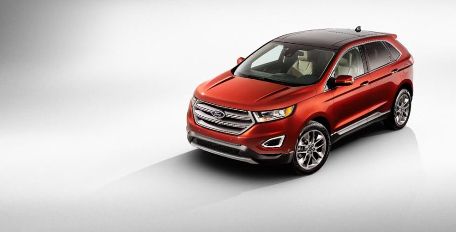 <strong>Ford Edge — À partir de 31 999 $</strong> Gros vendeur aux États-Unis, le Ford Edge est maintenant construit à l'usine canadienne d'Oakville en Ontario. Trois moteurs sont offerts, dont un V6 de 2,7 EcoBoost. (Photo fournie par Ford)