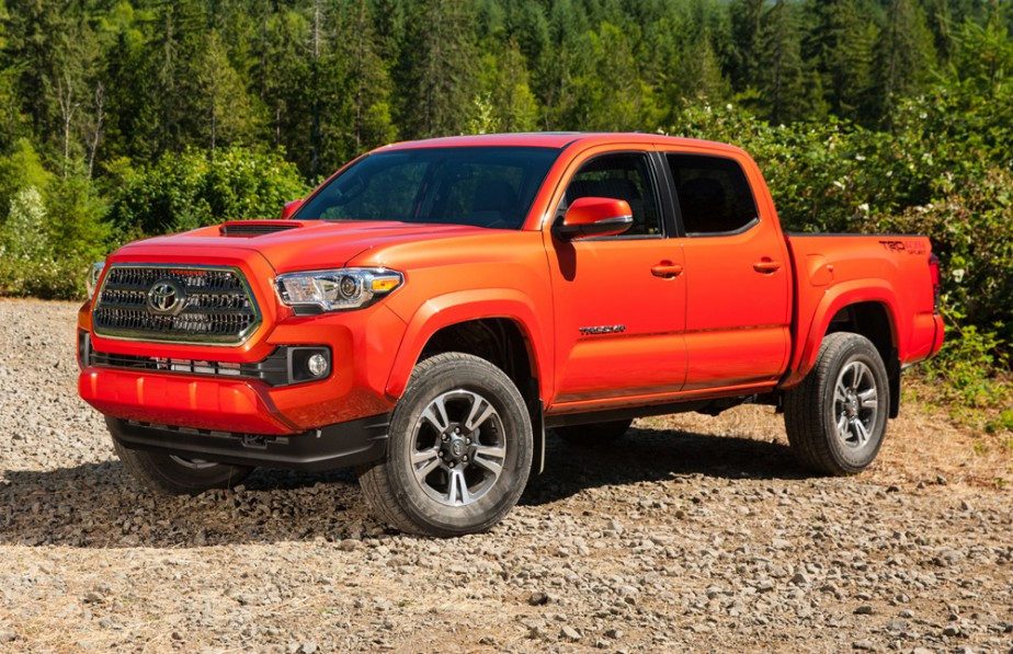 <strong>Toyota Tacoma — À partir de 24 285 $</strong> Après la refonte des modèles de GM (Chevrolet Colorado et GMC Canyon), Toyota présente la nouvelle génération de sa camionnette. (Photo fournie par Toyota)