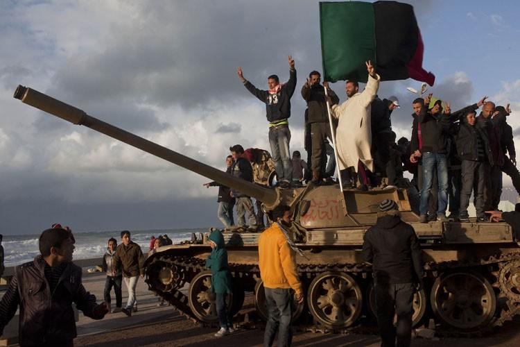 La Libye est plongée dans le chaos depuis... (Photo ARCHIVES AP)