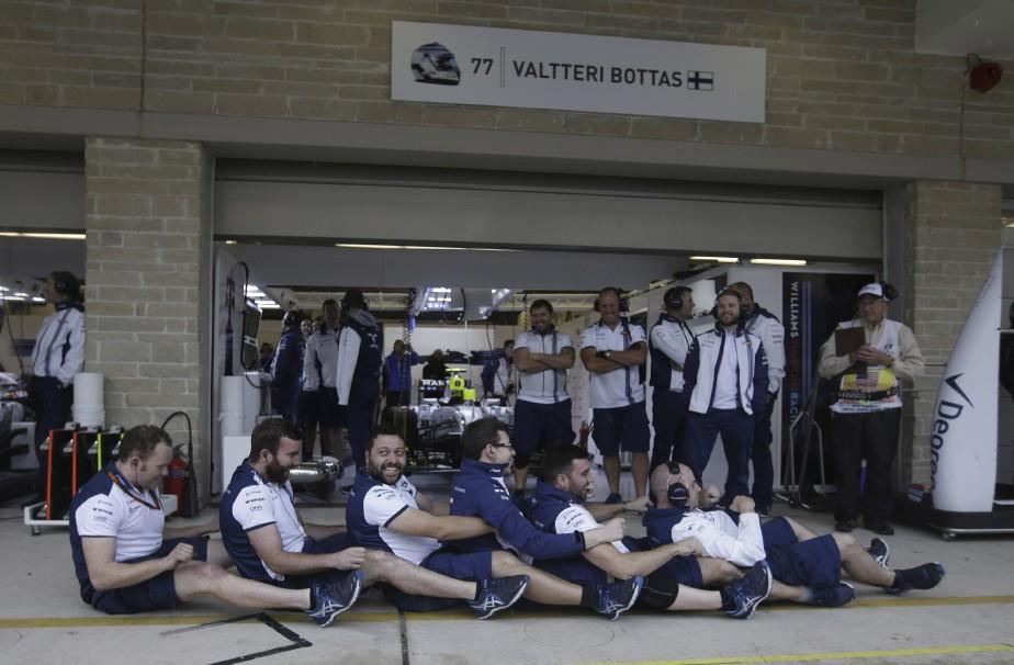 Séance d'aviron virtuel pour l'équipe Williams. (AFP, Darron Cummings)
