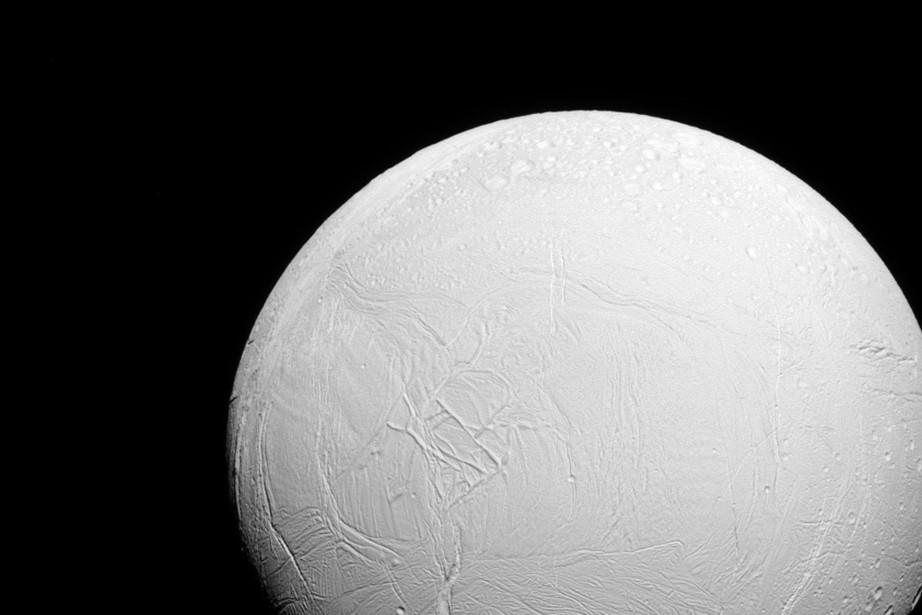 Le premier objectif scientifique du survol de la... (PHOTO NASA/JPL-Caltech/Space Science Institute)