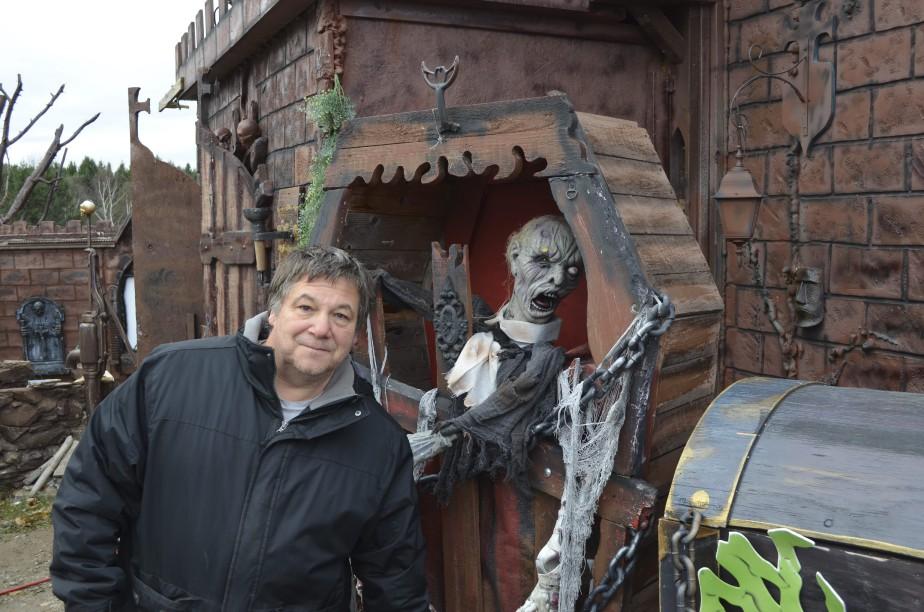 Martin Ouellet propose une visite qui permet aux gens d'aller au bout de leur peur. (Photo Le Quotidien, Louis Potvin)