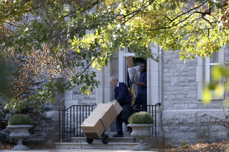 On ignore à quel endroit M. Harper résidera... (Photo Reuters)