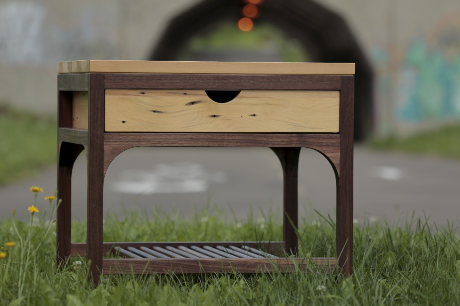 Table de chevet (1119 $) (Fournie par Simon Perrier)
