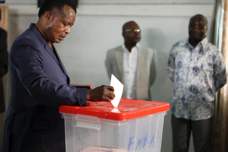 Dimanche, en République du Congo, le président Denis... (PHOTO ROCH BAKU, REUTERS)