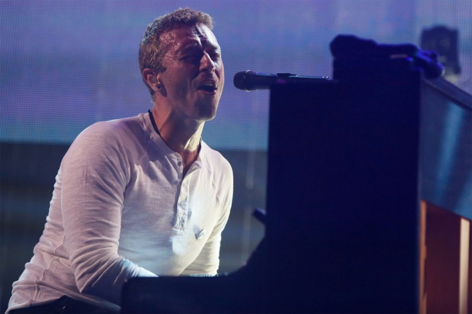 Le chanteur Chris Martin lors d'un concert à... (PHOTO ARCHIVES AP)