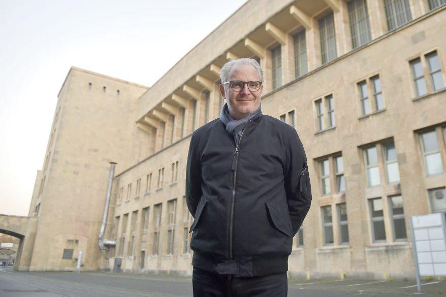 Francis Lawrence, réalisateur de The Hunger Games: Mockingjay... (PHOTO AFP)