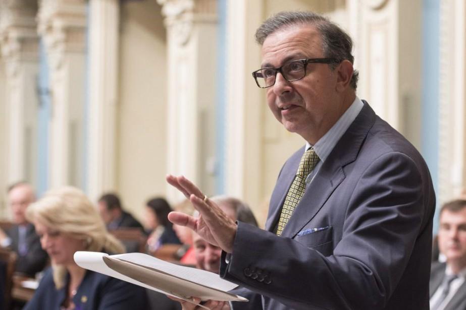 Le ministre de la Solidarité sociale,Sam Hamad.... (PHOTO JACQUES BOISSINOT, ARCHIVES LA PRESSE CANADIENNE)