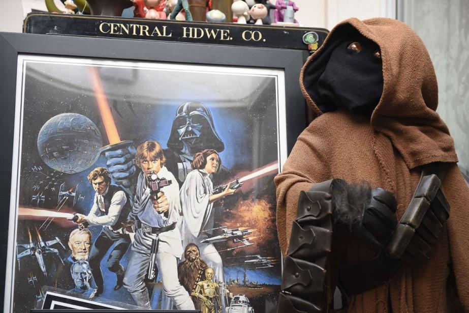 Une affiche vintage de Star Wars au magasin... (PHOTO AFP)