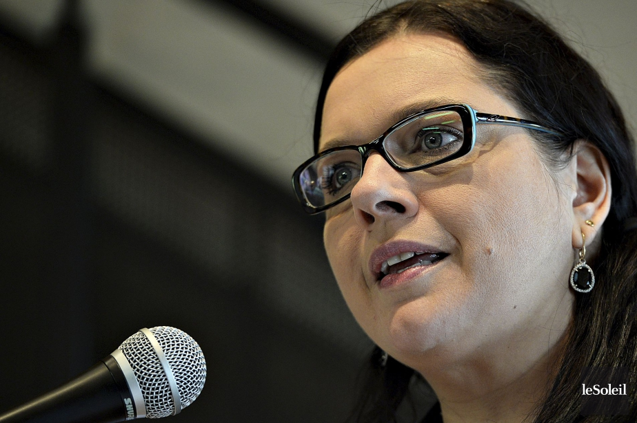 La députée libérale Caroline Simard.... (PHOTO PATRICE LAROCHE, LE SOLEIL)