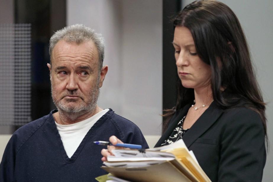 Peter Robbins et son avocate Kristin Scogin lors... (PHOTO ARCHIVES AP)