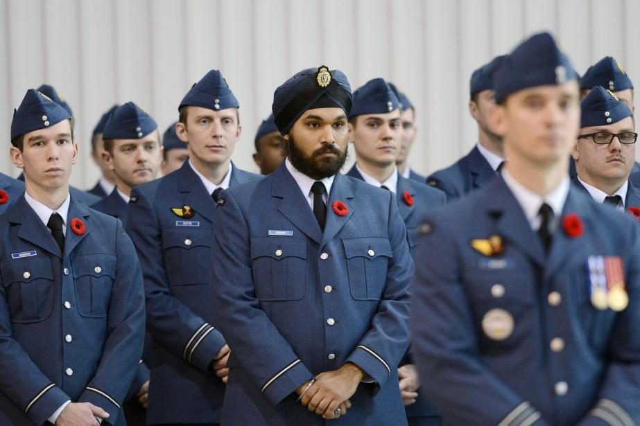 À la base militaire de Bagotville, 750 militaires et 240 invités ont assisté à la cérémonie. (Photo Le Quotidien, Jeannot Lévesque)
