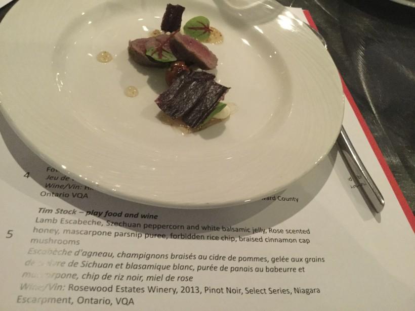 5. Tim Stock, Play Food & Wine (Cote Jury 6/10): agneau en escabèche, champignons braisés, purée de panais au babeurre. De beaux mariages de saveurs, de couleurs et de textures. Peu ambitieux. ()