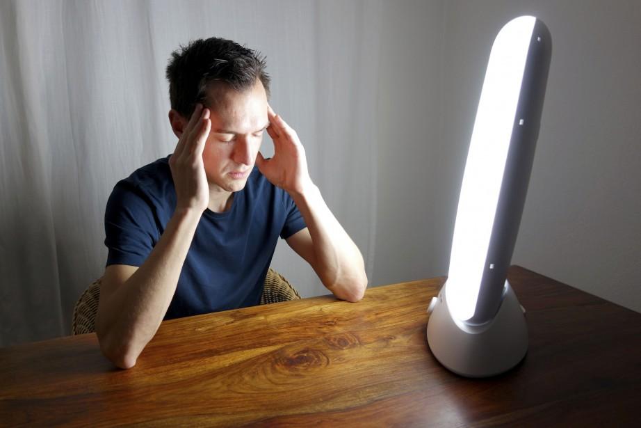 La luminothérapie est le traitement de choix pour... (Photo Thinkstock)