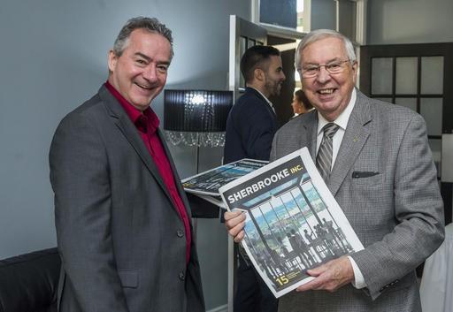 Gilles Boisjoli, représentant à La Tribune, et Claude Métras. ()