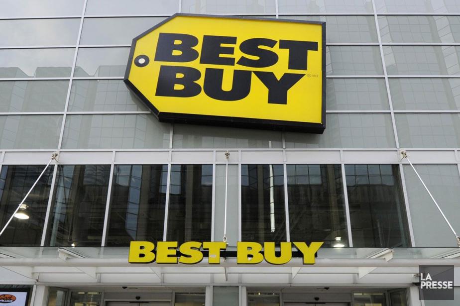 Best Buy a affiché jeudi un bénéfice et des ventes en... (Photo Archives Reuters)