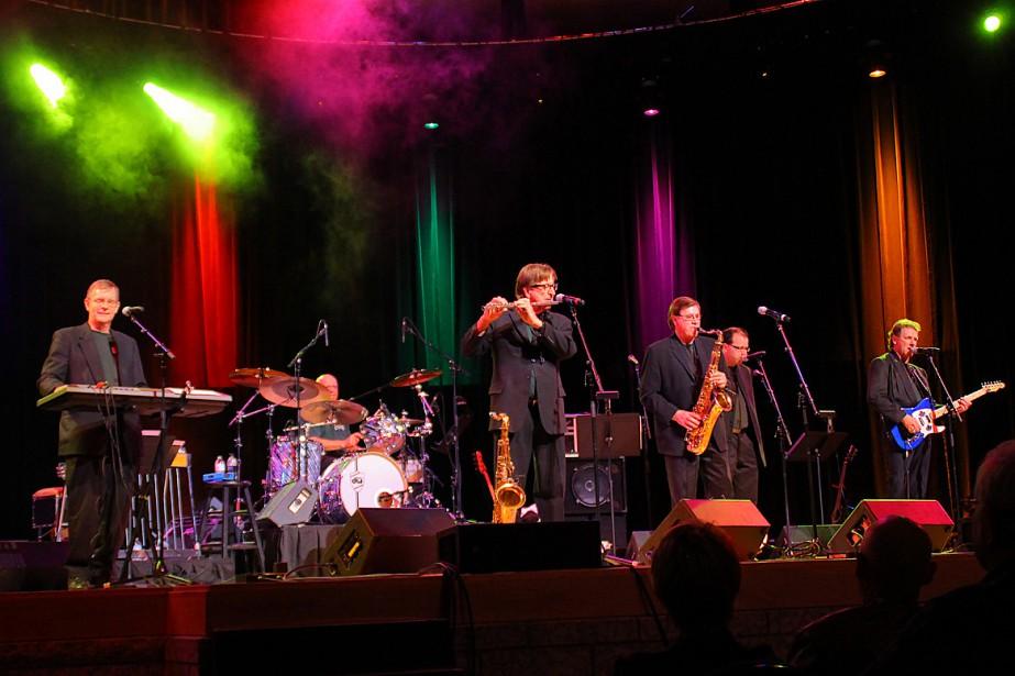 Le groupe The Emeralds en spectacle.... (PHOTO TIRÉE DU SITE WEB DU GROUPE)
