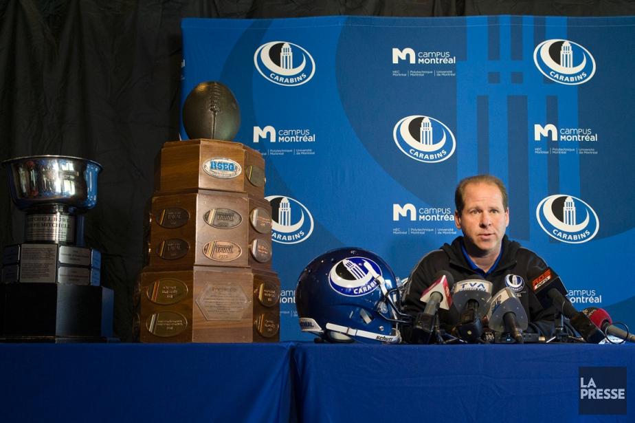 L'entraîneur-chef des Carabins de l'Université de Montréal,Danny Maciocia.... (Photo Robert Skinner, La Presse)