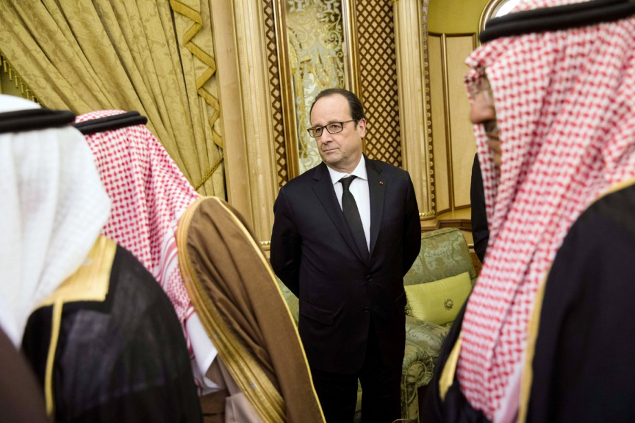 Le président français François Hollande à Riyad, le... (PHOTO YOAN VALAT, ARCHIVES AFP)