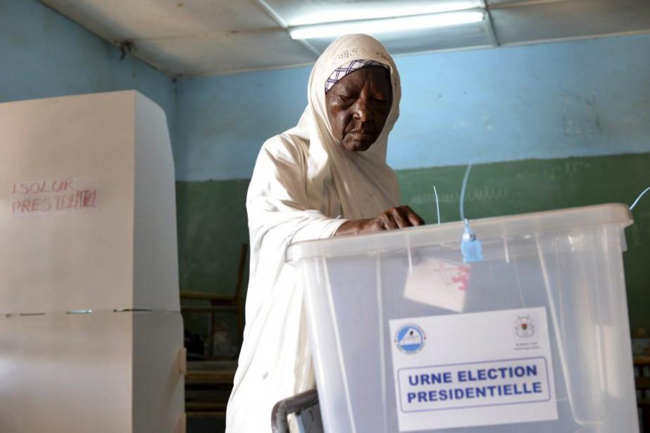 L'attente est grande dans ce pays pauvre d'Afrique... (PHOTO ISSOUF SANOGO, AFP)